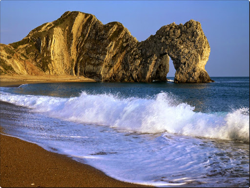 Durdle Door, Lulworth Cove, Dorset, England.jpg