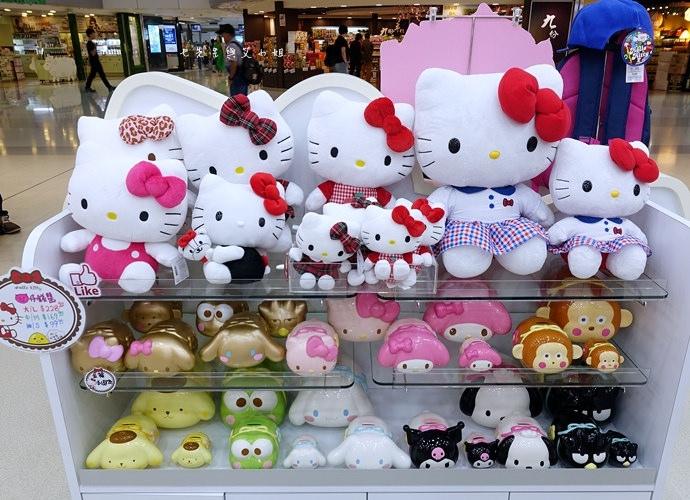 18 香港機場 迪士尼奇妙店 買達菲熊免進迪士尼樂園