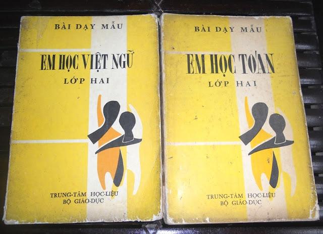Sách giáo khoa tiểu học cũ - nơi lưu giữ từng trang ký ức DSCN2776