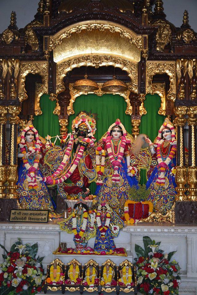 ISKCON Ujjain Deity Darshan 30 Mar 2016  (12)