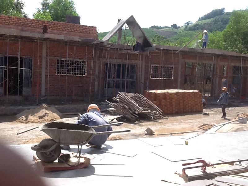 Hình ảnh xây dựng nhà xứ trong tổng thể công trình nhà thờ Khánh Vĩnh