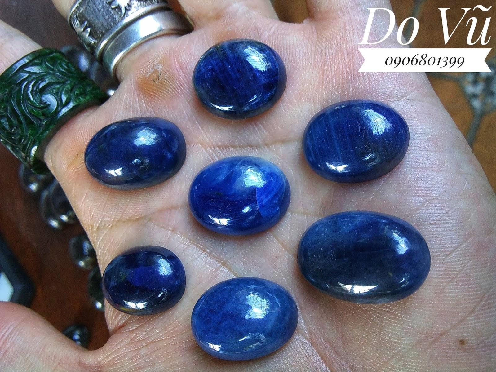 Đá quý Sapphire thiên nhiên, Natural Sapphire da xanh Hero chất ngọc ( 13/04/20, 02 )
