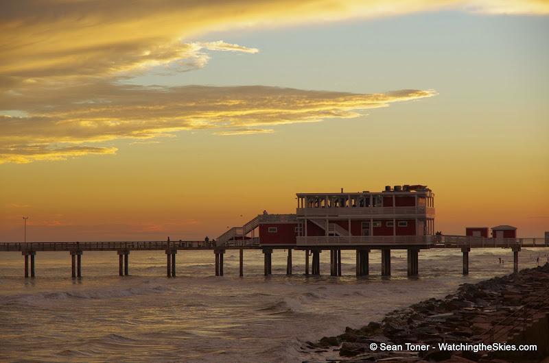 12-28-13 - Galveston, TX Sunset - IMGP0602.JPG