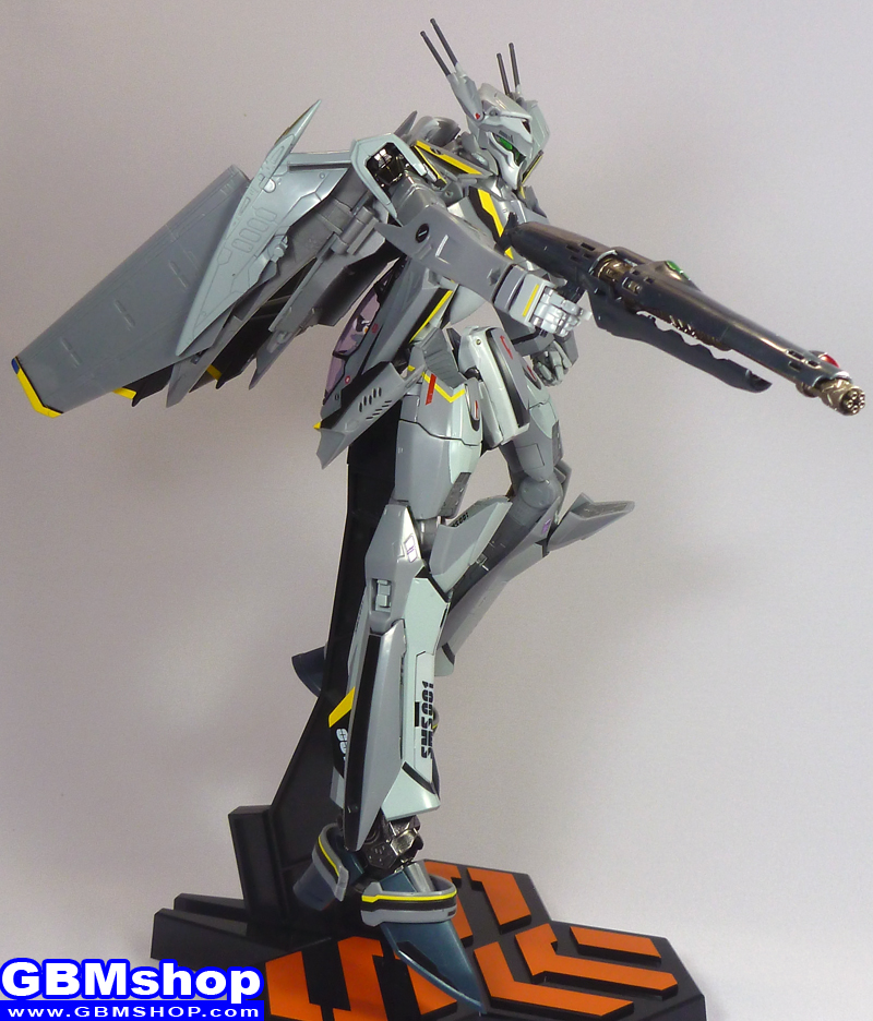 Macross Frontier VF-25S Renewal Version Battroid Mode