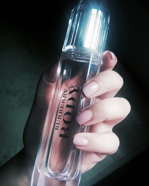 BURBERRY BODY : Eau De Parfum