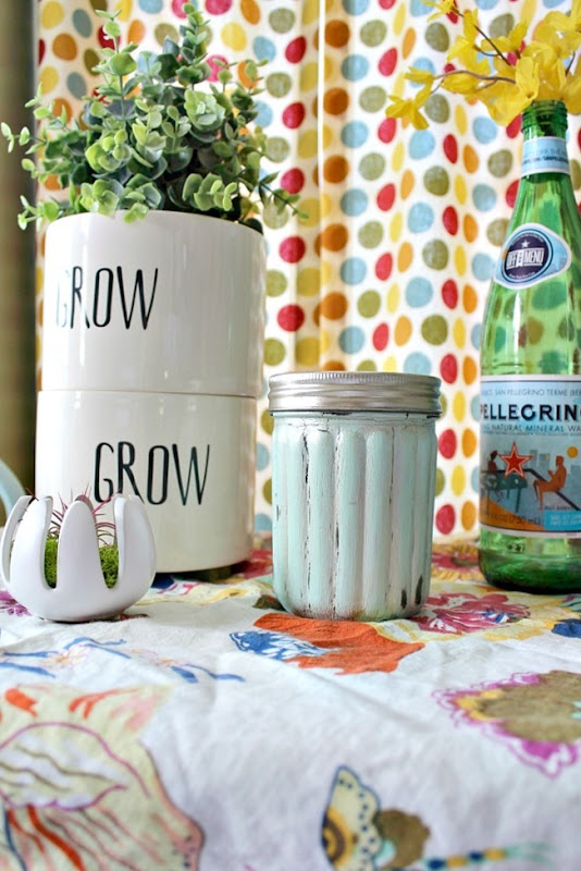 chalk-painted-mason-jar-9