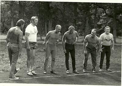 (11) Vasakult: teine Madis Pärn, kolmas Elmar Tekkel, viies Ülo Kaasik, kuues Harri Koiduste