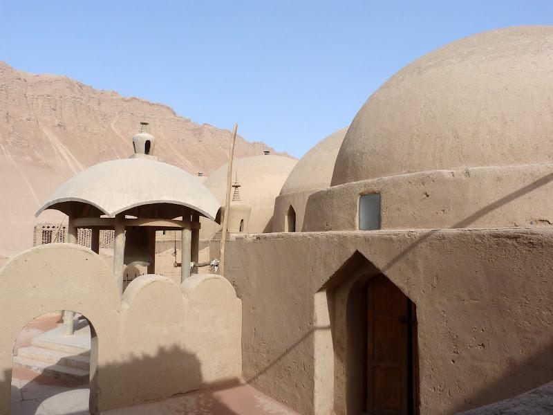 XINJIANG.  Turpan. Ancient city of Jiaohe, Flaming Mountains, Karez, Bezelik Thousand Budda caves - P1270961.JPG