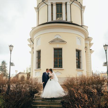 Wedding photographer Karen Uzunyan (Klaatu). Photo of 24.04.2017