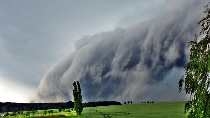 shelf-cloud-6