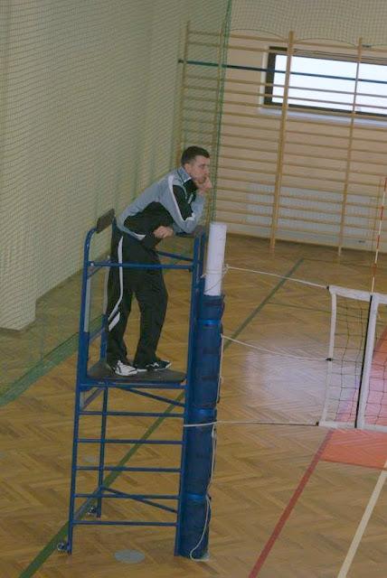 Zawody siatkarskie dziewczat 1 marca 2011 - DSC09350_1.JPG