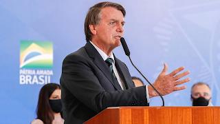 Bolsonaro descontrolado ataca a imprensa: 'vai para PQP'