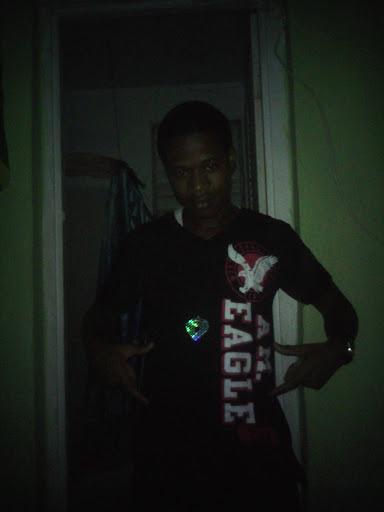 Arnold Black Photo 15
