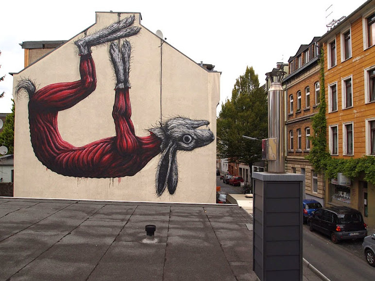 environmental-graffiti-street-art-02.