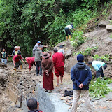 2015年7月23日蔣貢康楚仁波切的印度拉瓦噶舉德千林寺協助土石流救災紀錄