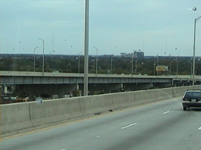 1740View_from_a_New_Orleans_Bridge