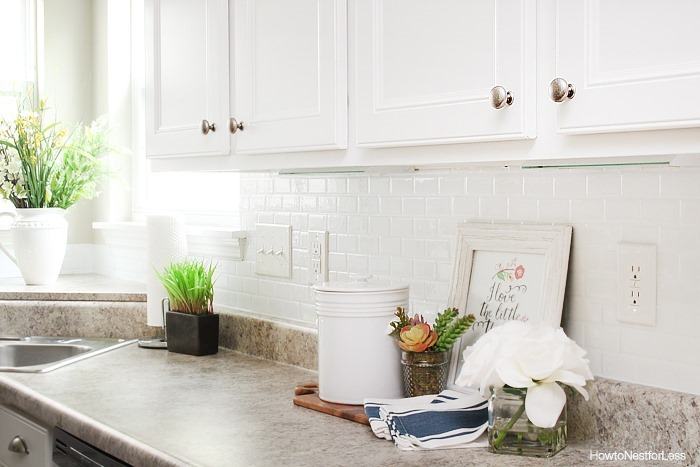 self-adhesive-temporary-backsplash