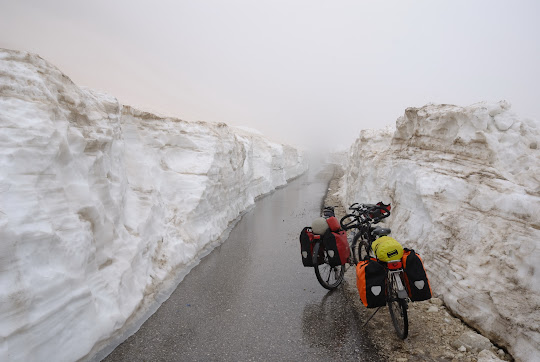 Schnee am Prijespa Pass
