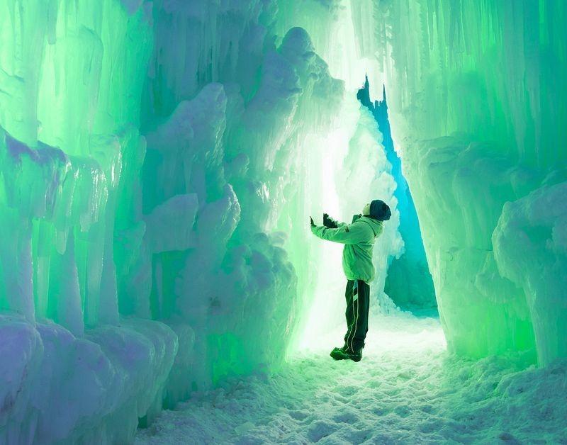 ice-castles-brent-christensen-13
