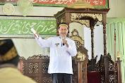 H Syamsuddin Uti Hadiri Kegiatan Safari Ramadhan di Pulau Palas