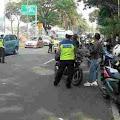 Depok Bersiap Menerapkan PSBB, Polisi Merazia Pengendara