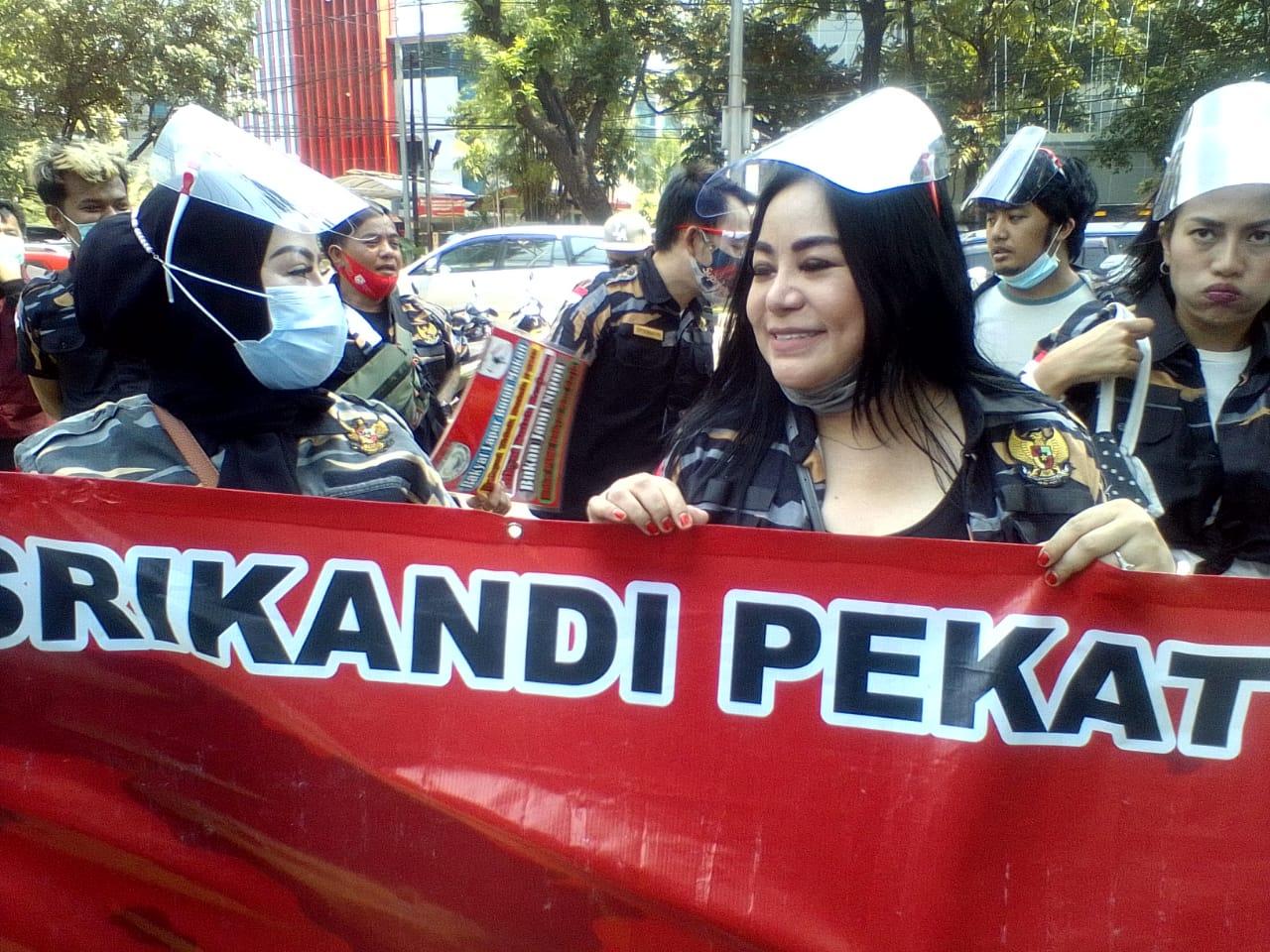 Artis dan Pekerja Hiburan/Pariwisata Demo Tolak PSBB, Minta DPRD Gunakan Hak Angket Kepada Gubernur DKI Jakarta