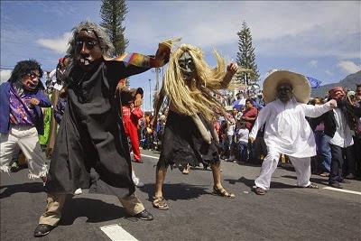 Desfile del correo en El Salvador