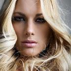 simples-blonde-hairstyle-227.jpg