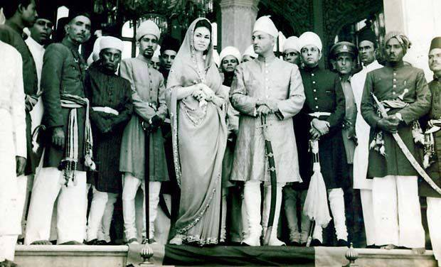 Prince Muffakham Jah, Princess Esra and Prince Mukkaram Jah at his coronation as the Nizam of Hyderabad (1976)