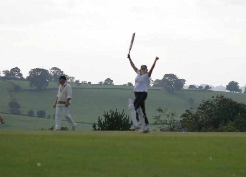 Cricket-Ladies42