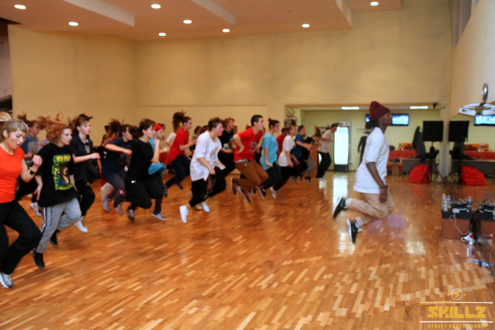 Hip- Hop workshop with Shaadow (UK) - IMG_1779.jpg