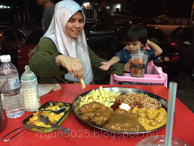 Berbuka Puasa di The Rack Boutique Cafe