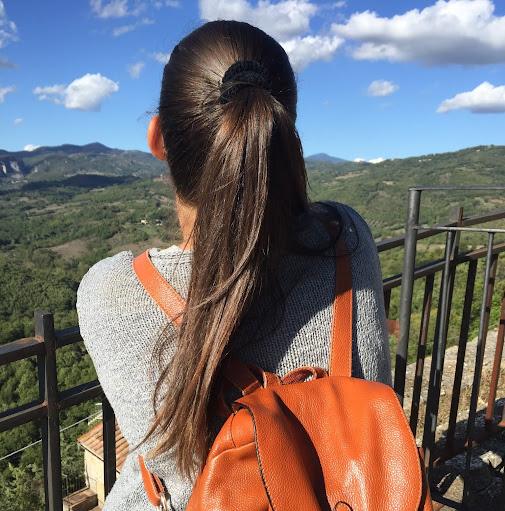 Laura Simo Photo 9