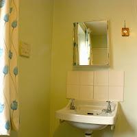 Room 12-sink