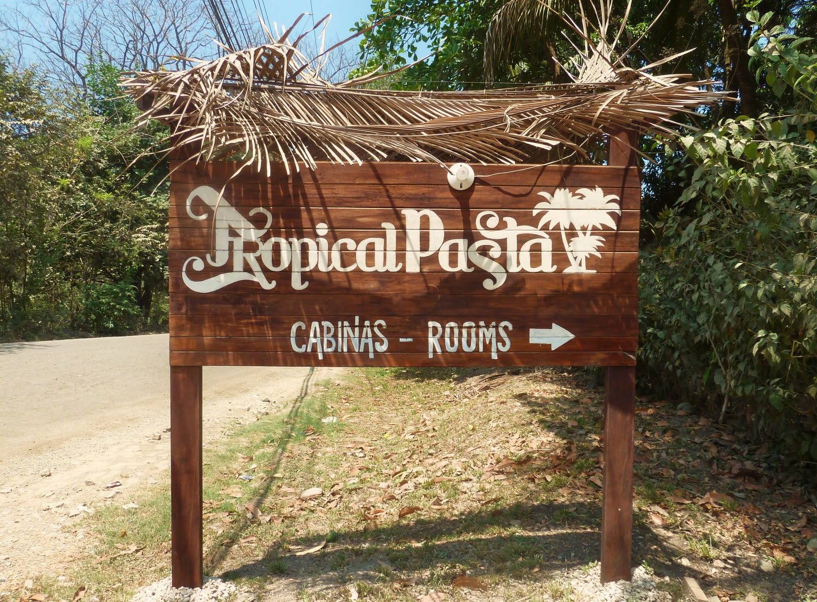 Tropical Pasta Surf House.Beach Junkie Tropical Pasta Surf House Santa Teresa