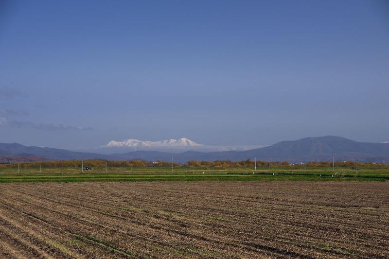 北竜町から眺める旭岳連峰