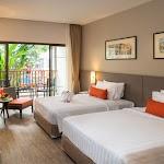 Deevana Plaza Phuket Patong_Deluxe Room 01.jpg