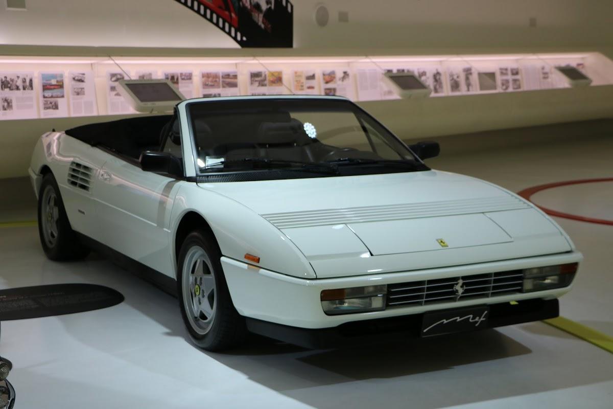 Modena - Enzo Museum 0055 - 1989 Ferrari Mondial T.jpg