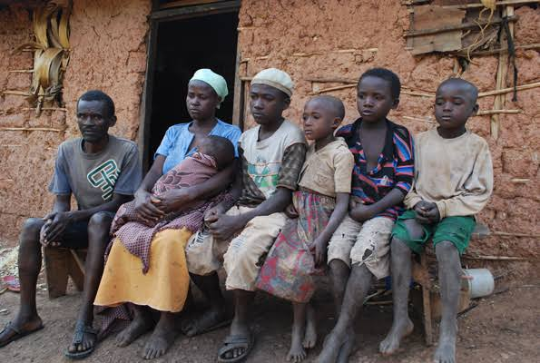 BAD NEWS! Nigerians get poorer as 91 million more slips into extreme poverty! [READ DETAILS INSIDE]