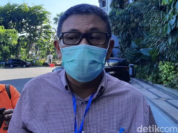 393 Guru SD dan SMP di Surabaya Positif COVID-19