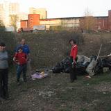 Надежде и Ольге, Алеше и Сергею. Как вышли на разбор завалов в 2008 году, так и помогают Уинке до сих пор.