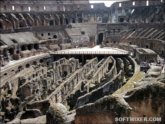 800px-Colosseum_inside_IMG_4356