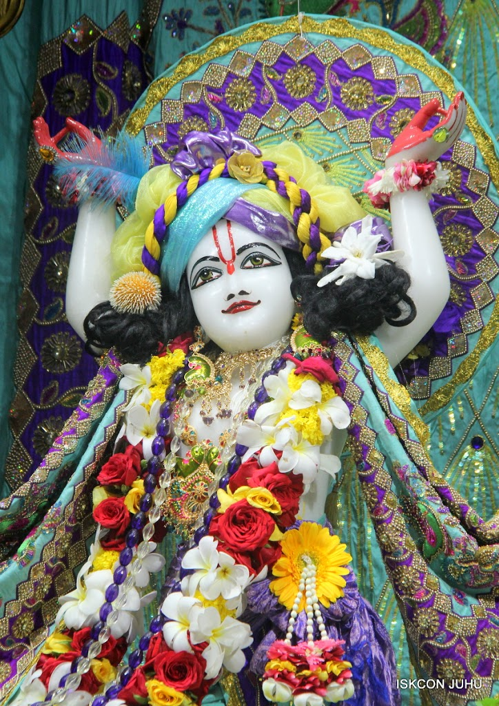 ISKCON Juhu Sringar Deity Darshan on 24th July 2016 (41)