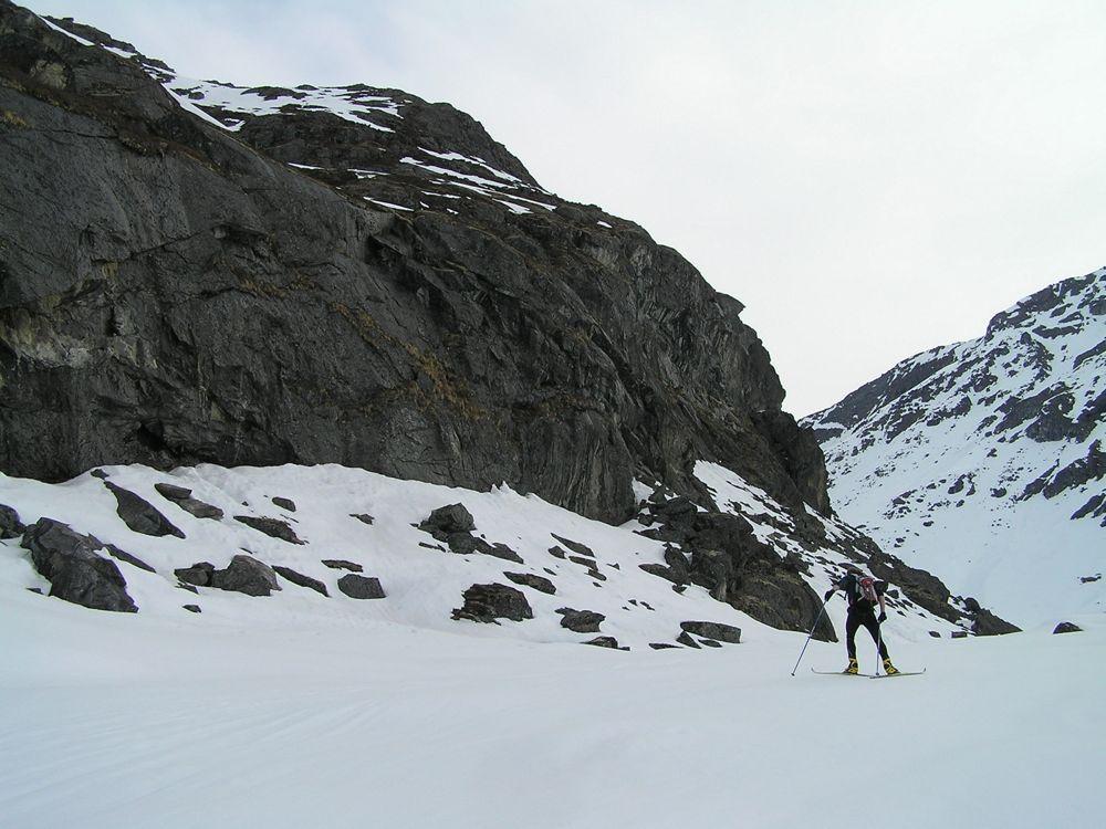 Crust Ski To Reed Lakes - P5190020.JPG