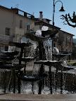 Brunnen im Zentrum von Ateleta, von Georg Reinking, Guardiagrele