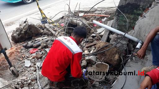 Tabrakan Beruntun di Cibadak, Gardu Telkomsel Rusak Berat