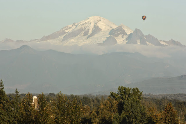 Hot air balloon over Mt. Baker / Credit: Dawn-Marie Hanrahan