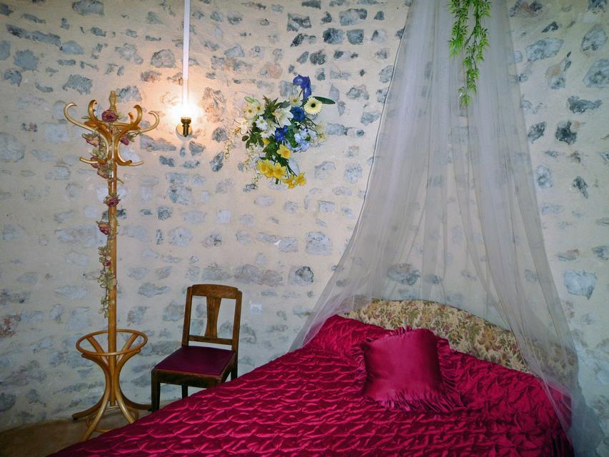 La chambre des mariés - p1000156_edited.jpg