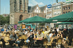 Groningen. Markt met Martini toren en de Friesland bank.  Ongelopen.