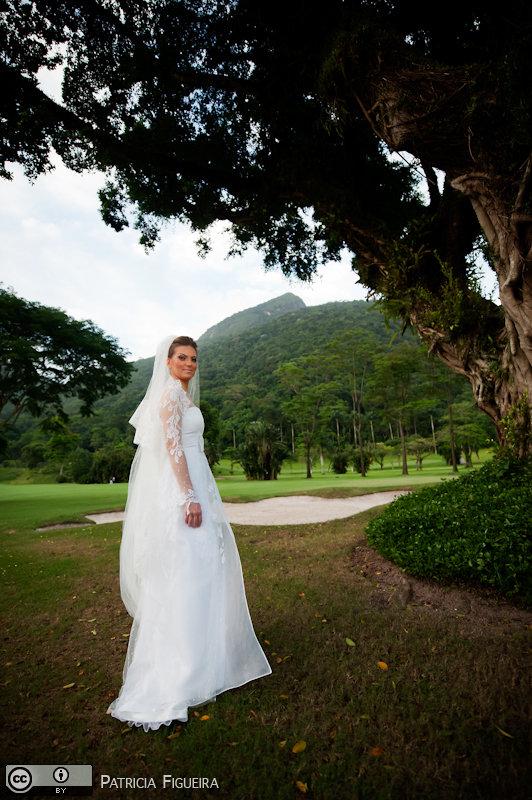 Foto de casamento 0237 de Christiane e Omar. Marcações: 17/12/2010, Acquachiara Milao Italia, Casamento Christiane e Omar, Fotos de Vestido, Rio de Janeiro, Vestido, Vestido de Noiva.